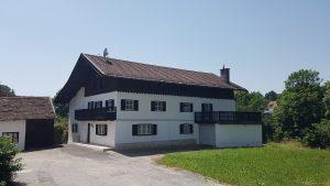 ZENTRAL u. RUHIG! Altes renov.-bedürft. WOHNHAUS mit 3.700 m² Grund u. Wald in REISCHACH